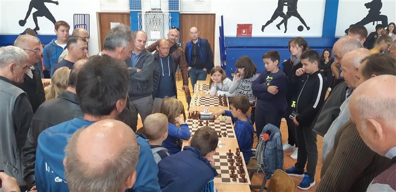 1. međunarodni šahovski turnir u Gradištu