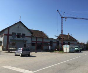 Započeli radovi na obnovi starog doma kulture u Gradištu